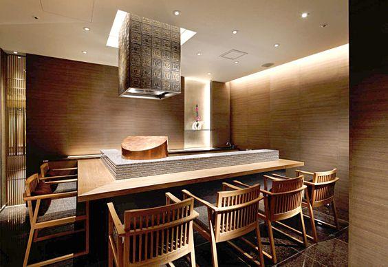Дизайн интерьера японского ресторана Wadakura в Place Hotel в Токио от A.N.D.