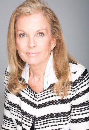 DEBRA GIFFORD (@lovemyyorkie14) | Twitter.... Jane Hartley paid DNC $605,000 & then nominated by #Obama to serve as U.S. Ambassador to France & Monaco. #DNCleak