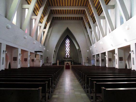 St. Ingbert | St. Hildegard - Straße der ModerneStraße der Moderne