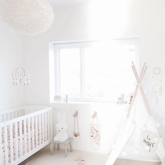 habitaciones infantiles colgadores pluma