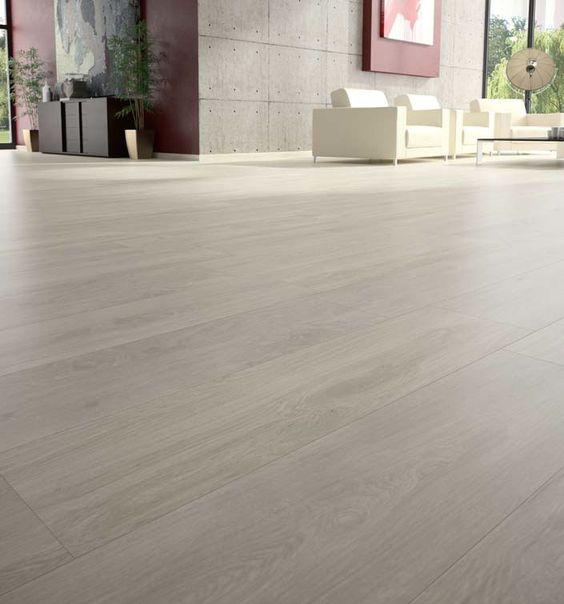 La cer mica con apariencia de madera pavimento for Baldosas para pisos interiores