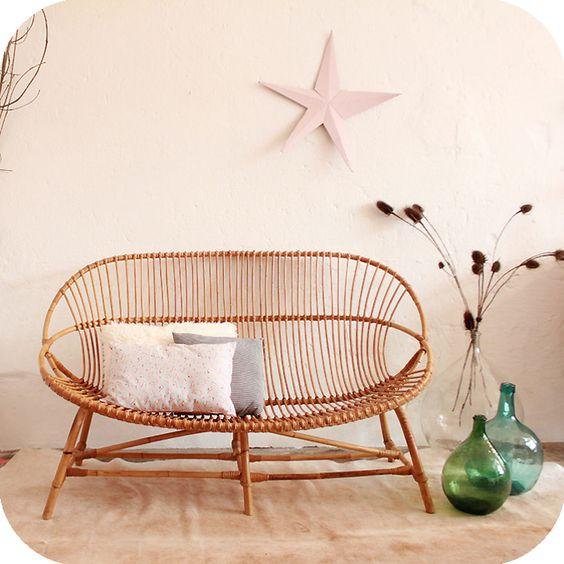 banquettes and vintage on pinterest. Black Bedroom Furniture Sets. Home Design Ideas
