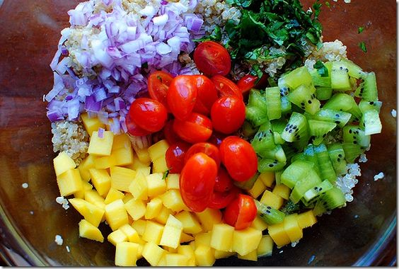 Kiwi mango quinoa salad :) Looks delish
