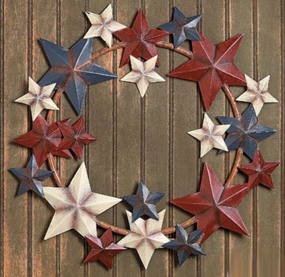 Painted Metal Star Wreathe