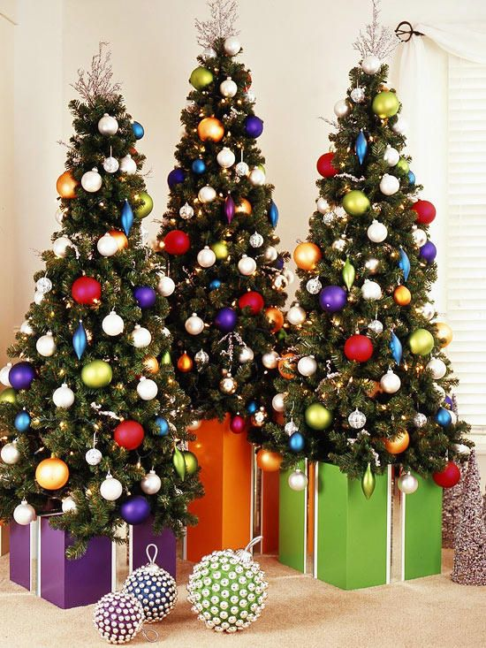18 Gorgeous Diy Christmas Tree Skirt Ideas Contemporary Christmas Trees Nontraditional Christmas Tree Christmas Tree Base