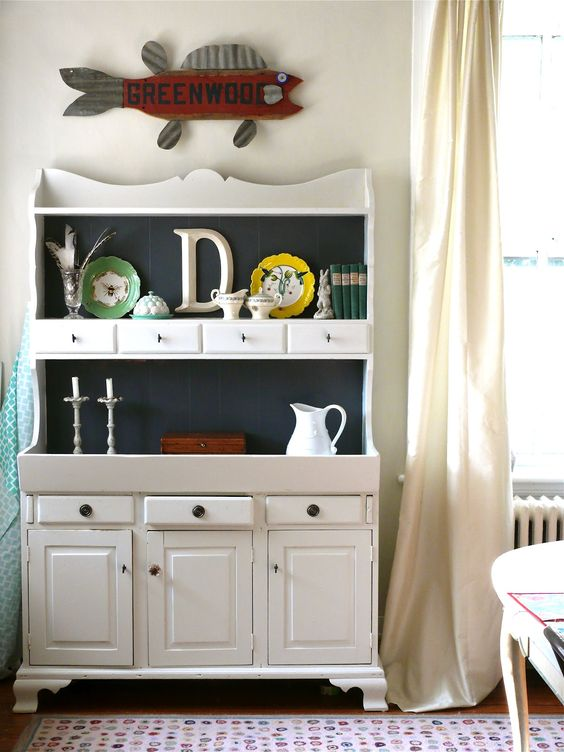 MY Old Country House: THE DINING ROOM HUTCH MAKEOVER
