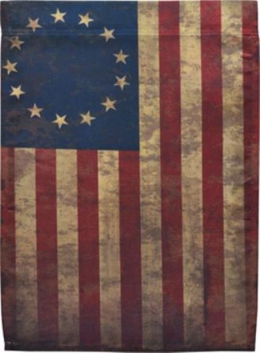 A Very Old Glory Americanhistory American History Wallpaper American Flag Pictures Betsy Ross Flag Old Glory