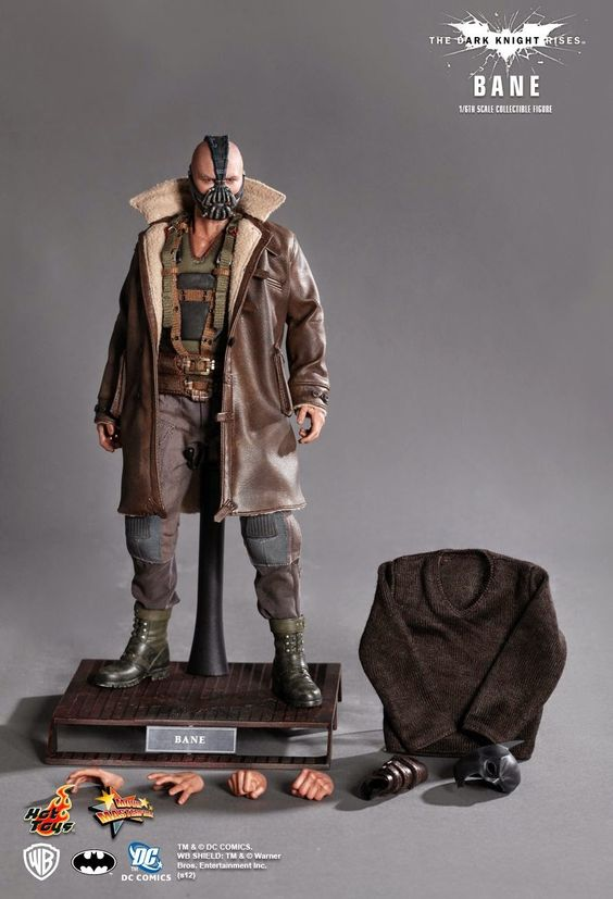 """Grimm Reviewz: TUESDAY TOY REVIEW: Hot Toys' """"The Dark Knight Ris..."""