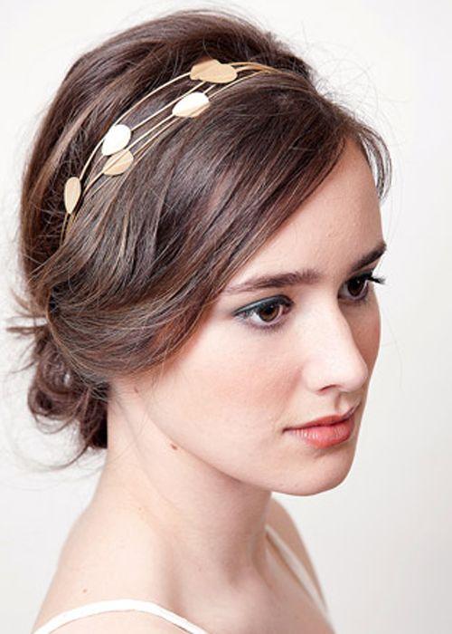Diadema para novia en color dorado con detalles de hojas - Lia Terni