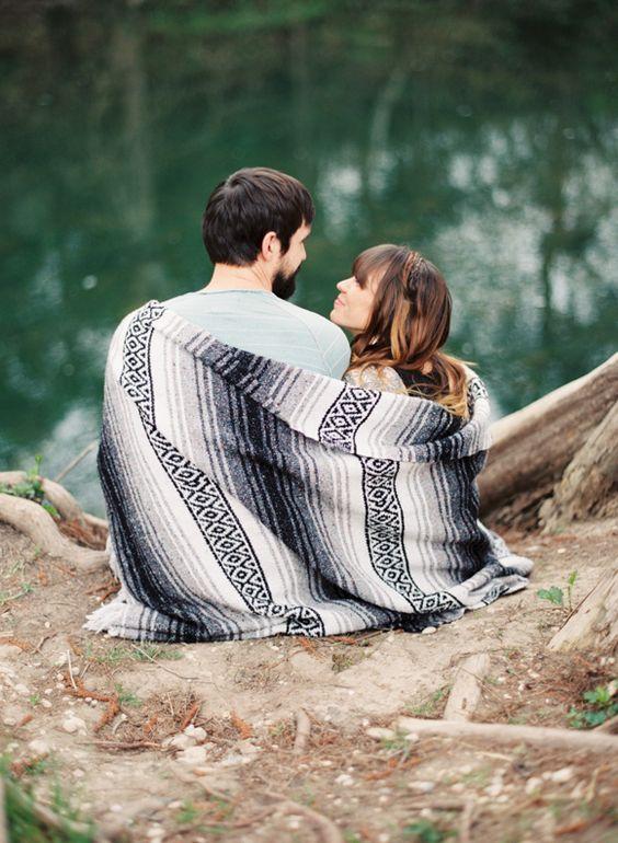 I really want a couples photoshoot :)