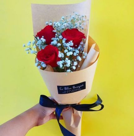 Best Flowers Boquette Korean Ideas In 2020 Flowers Bouquet Small Flower Bouquet How To Wrap Flowers