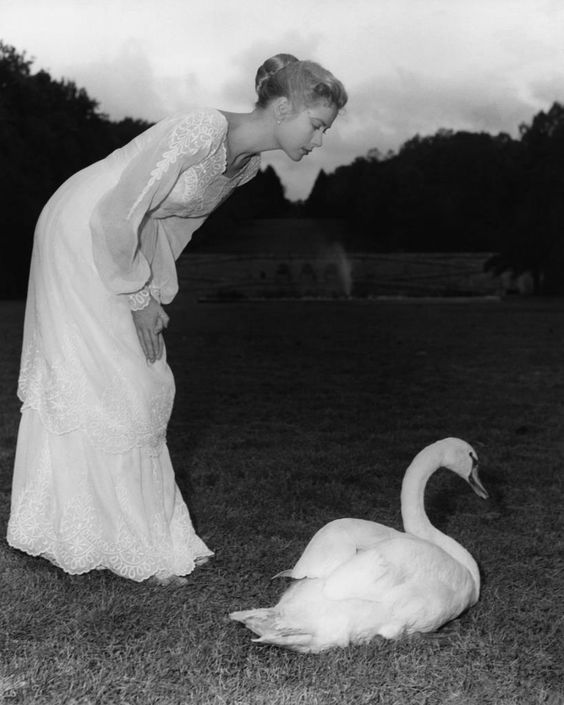 "Grace Kelly on the set of ""The Swan"" directed by Charles Vidor, 1956:"