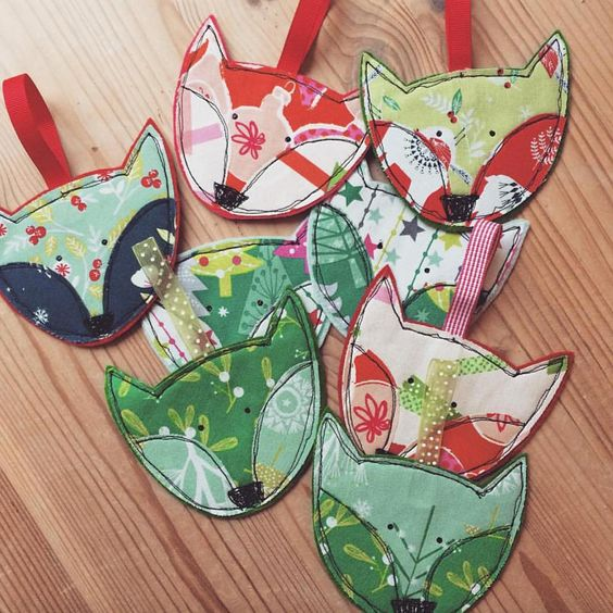 Day 9 ,Festive Foxes by @theprimroseparasol  #dashwoodstudio #christmassewing