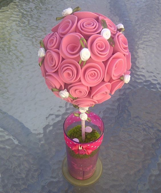 Topiario con flores de goma eva topiarios pinterest - Lamparas con goma eva ...