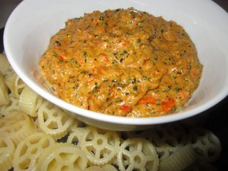 Red Pepper Basil Creamy Pine Nut Pesto Sauce.