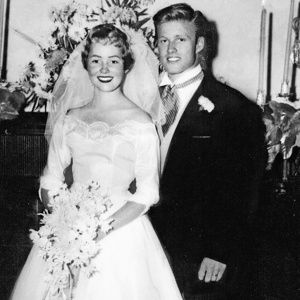 Redford in 1958, at his first marriage, to Lola van Wagenen.