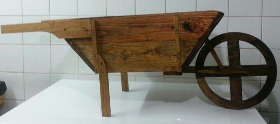 carretilla hecha a mano con madera de palet fotrama
