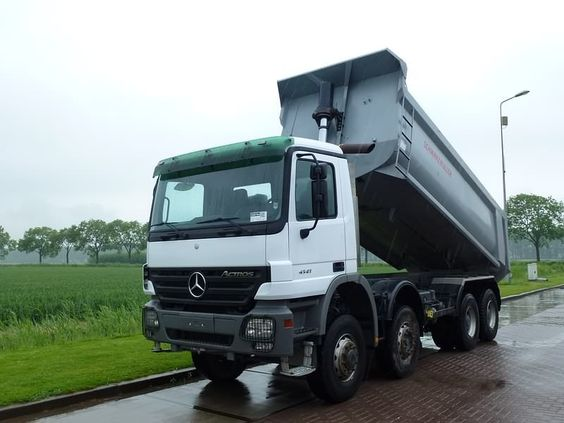For sale used and second hand tipper mercedes benz 4141 for Mercedes benz second hand for sale