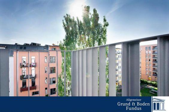 GLAS-LOFT ÜBER DEN DÄCHERN VON BERLIN-MITTE  Kennen Sie das Gefühl? Sie betreten eine Wohnung und fühlen sich sofort am richtigen Platz? Einfach zuhause. Geborgen. Suchen Sie noch nach diesem Gefühl? Dann haben Sie es hier gefunden. Die gesamte Wohnung strahlt mit ihrem warmen Eichen-Parkett und den anthrazit-farbenen Fensterrahmen eine angenehme Ruhe aus, die Sie so sonst nicht oft finden werden.  www.grund-boden-fundus.de/de_objektdetails.php?ID=BB917CFFD1CC4B569FE3AB123ADC254C