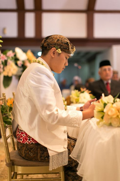 All Details You Need To Know About Home Decoration In 2020 Indonesian Wedding Embroidered Wedding Dress
