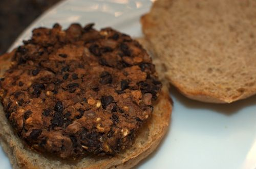 QUICK and EASY Black bean Burger