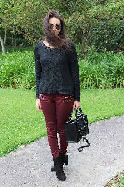 Nanda Pezzi:  Tricô + calça marsala + bota