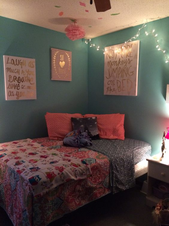 Preteen girls room preteen girls room pinterest preteen girls rooms xmas tree lights and - Bedroom wall decoration ideas for teens ...