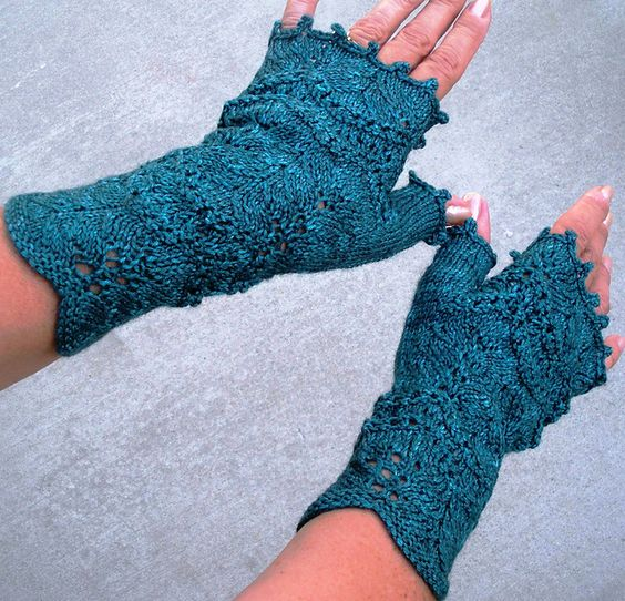 Nancy Pearl Mitts, pattern by Brenda Castiel. From the book Stitching in the Stacks: Librarian Inspired Knits. Edited by Sarah Barbour. www.cooperativepress.com