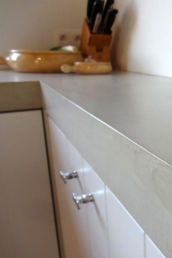 Betonlook Keuken Achterwand : Betonlook op het aanrechtblad, in de keuken, op de achterwand, kan