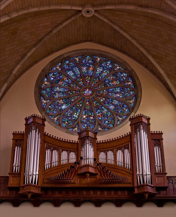 organ box with rose window, all saint's