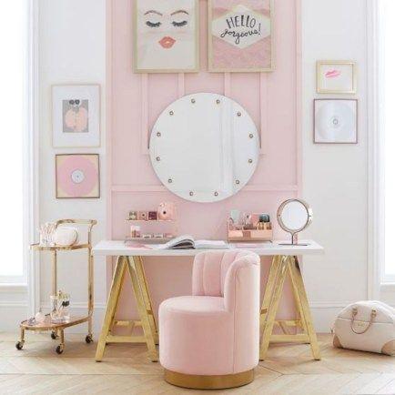 I Love Pink 4b597dfc10fc4cb60b3a571107b5fe90