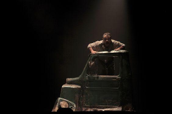 Dirigido por Gil Vicente Tavares, espetáculo tem apresentações únicas no Teatro Sesc Pelourinho, dias 17 e 18 de janeiro, com entrada Catraca Livre