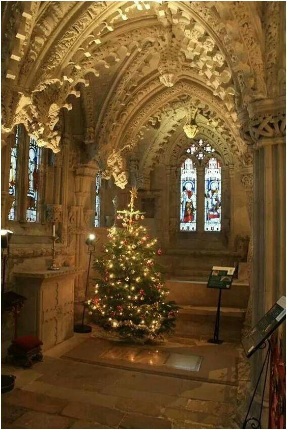 Lace in Stone..Christmas in Scotlands legendary Rosslyn Chapel