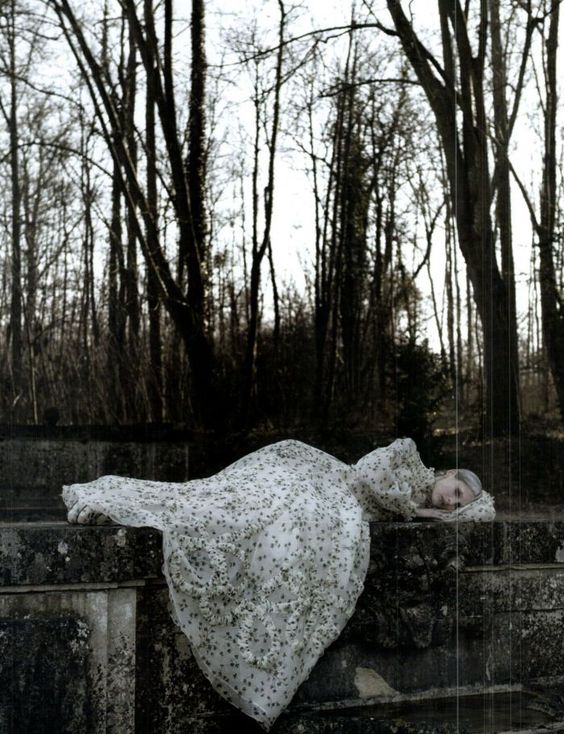 'Valentino Haute Couture' | Marie Piovesan By Deborah Tuberville For Vogue Italia | March 2012