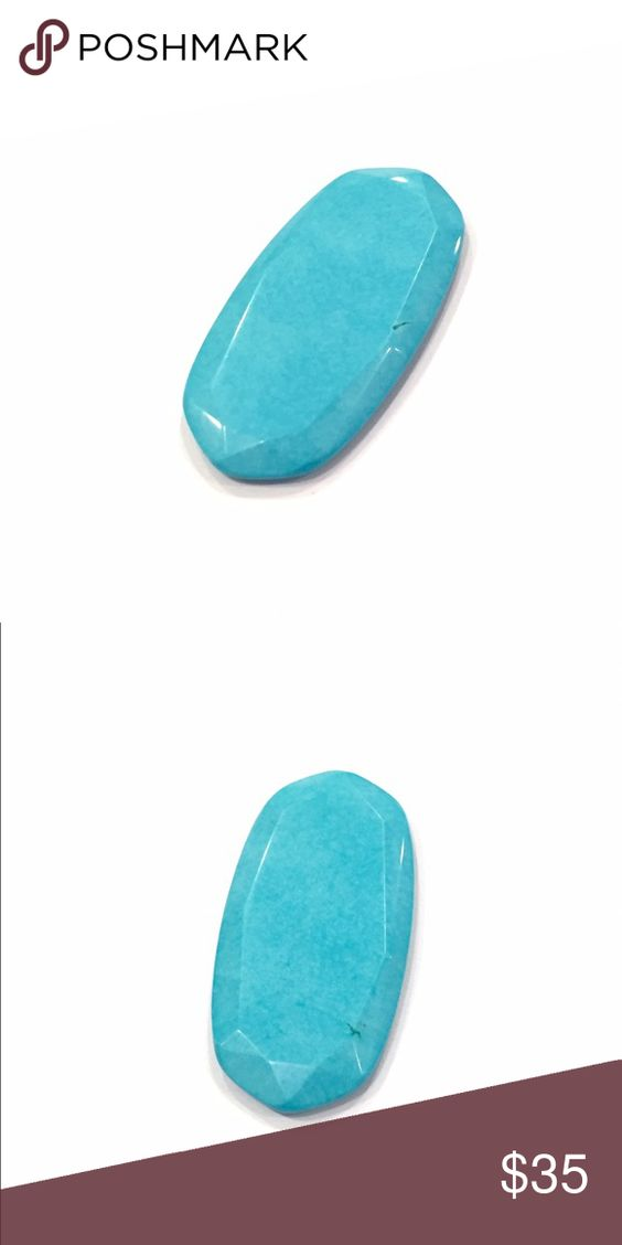 Kendra Scott Turquoise Rae Stone Kendra Scott  Beautiful faceted Turquoise Rae Stone    Good condition. Tiny natural vein on each side. Kendra Scott Jewelry Necklaces