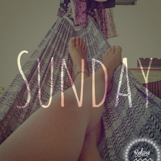 Relaxe no domingo :) #relax #relaxe #domingo #suday #beach #sunny #day #verão #brasil #madewithstudio