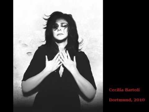 Cecilia bartoli sings casta diva from bellini 39 s norma live la ceci pinterest bellinis - Casta diva youtube ...