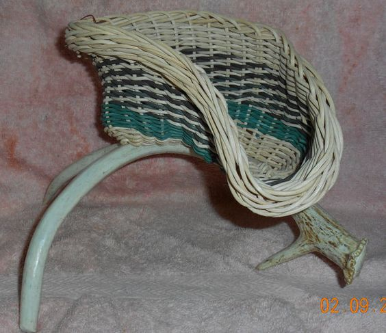 Hey, I found this really awesome Etsy listing at https://www.etsy.com/listing/221999427/gadget-basket-on-horn