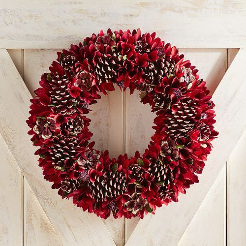21 Red Poinsettia Wood Curl Wreath