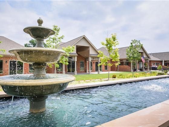 Contemporary upscale and maintenance free patio home. Spend your time boating or…