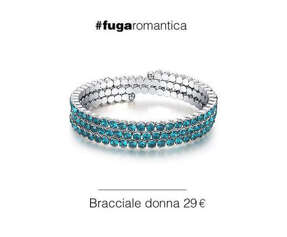 Bracciale in metallo elastico con tre file di cristalli verde acqua Luca Barra Gioielli. #bracciale #donna #lucabarragioielli #cristalli #verdeacqua #musthave