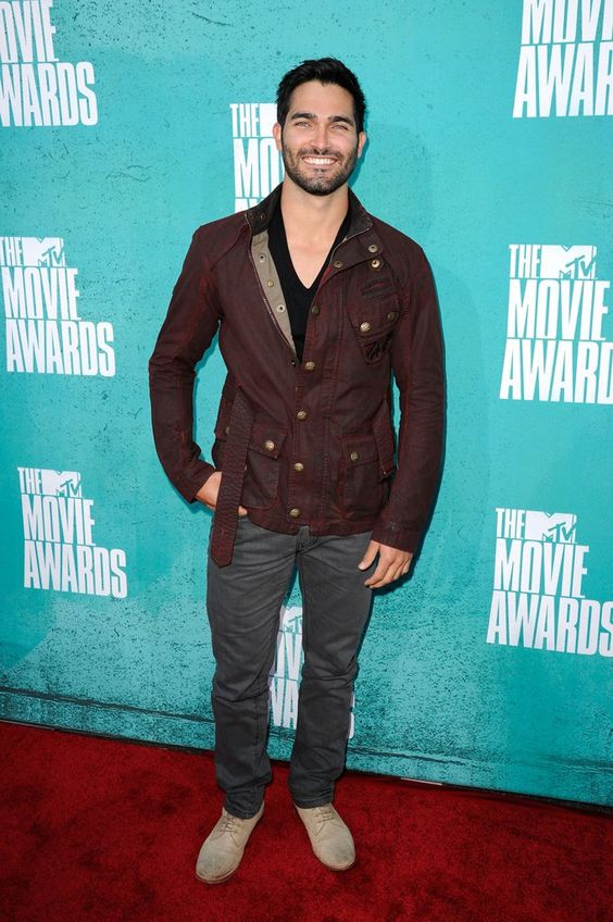 Meilleures Photos de Tyler Hoechlin | POPSUGAR Celebrity France