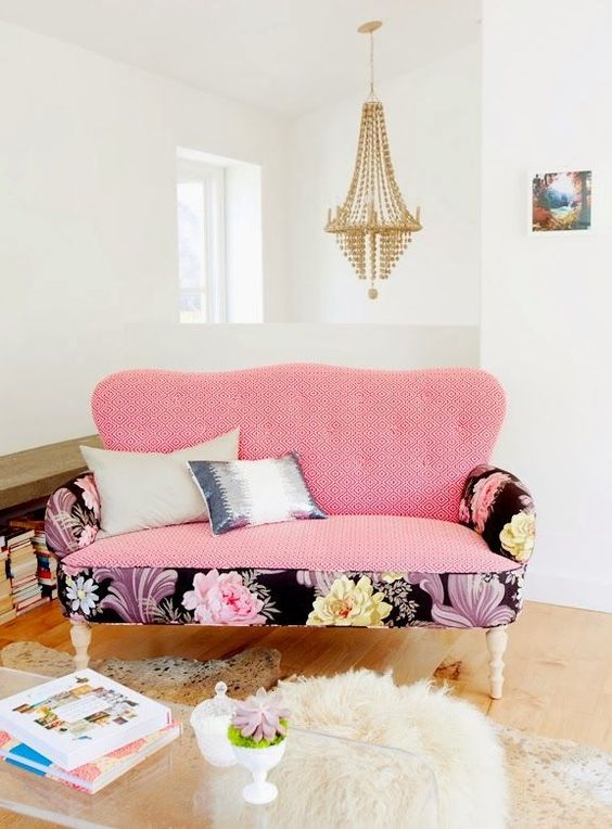 pink sofa: