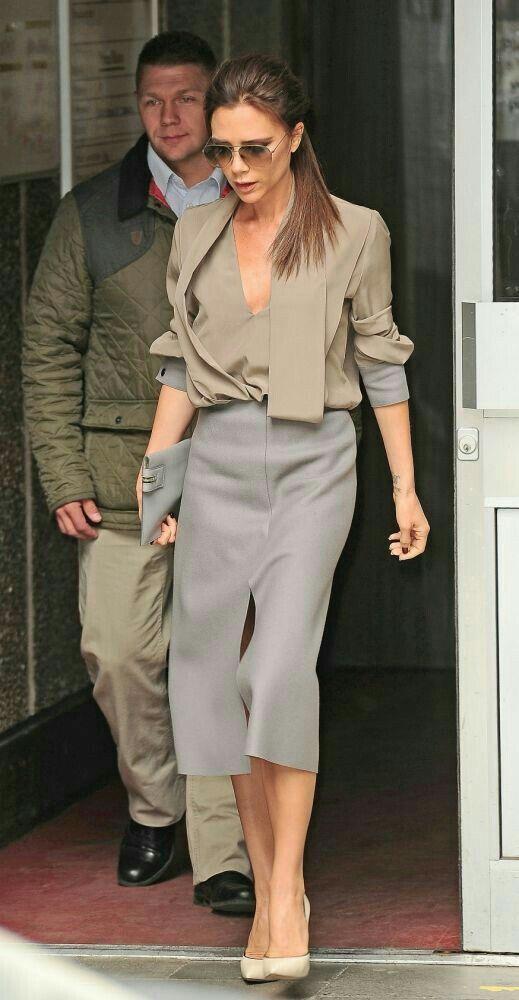 #celebrity #star #fashion #викториябэкхем #юбка #стиль