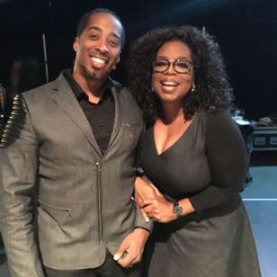Sekou Andrews Poetic Voice finally got his selfie with Oprah