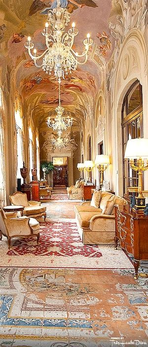 Four Seasons Florence For Pinterest — Très Haute Diva