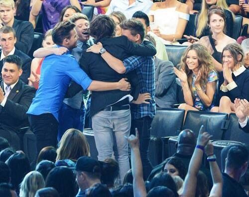 Eleanor and Dani's faces though :) they look so proud awww