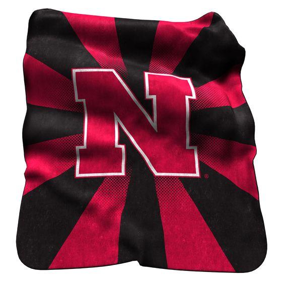 Nebraska Cornhuskers 50 x 60 Plush Raschel Starburst Throw Blanket