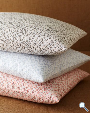 Everyday Percale Bedding, red grapefruit pattern on the bottom of the stack....again want it in kids size