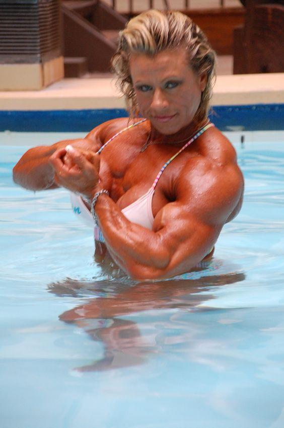 Fit & Muscular Women   Fitness & Muscle Development